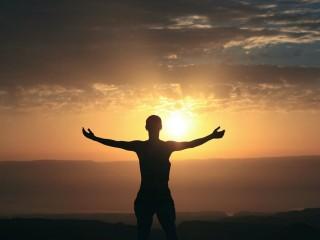 Gedanken schaffen Tatsachen Meditation Zug