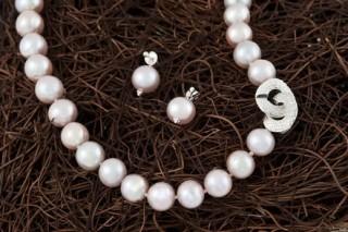 Perlenknüpfen