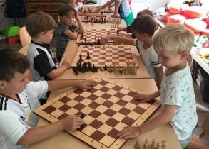 Schach-Feriencamp in Küsnacht