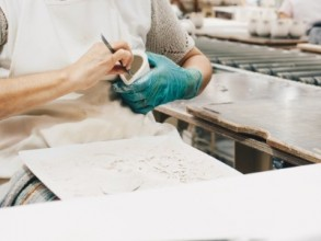 Handaufbau mit Schwerpunkt Formfindung