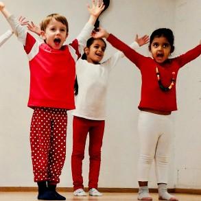 My First Dance – Indischer Tanz für Kinder ab 2,5 Jahren (Schnupperstunde)