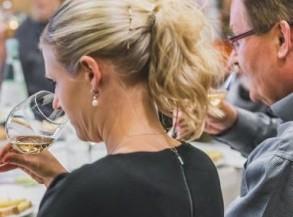 Weinkurs: Wein&Käse - komplexe Liebschaften! (Winterthur)